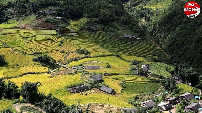 Hãy thử một lần khám phá vẻ đẹp thung lũng Mường Hoa từ trên cao -1