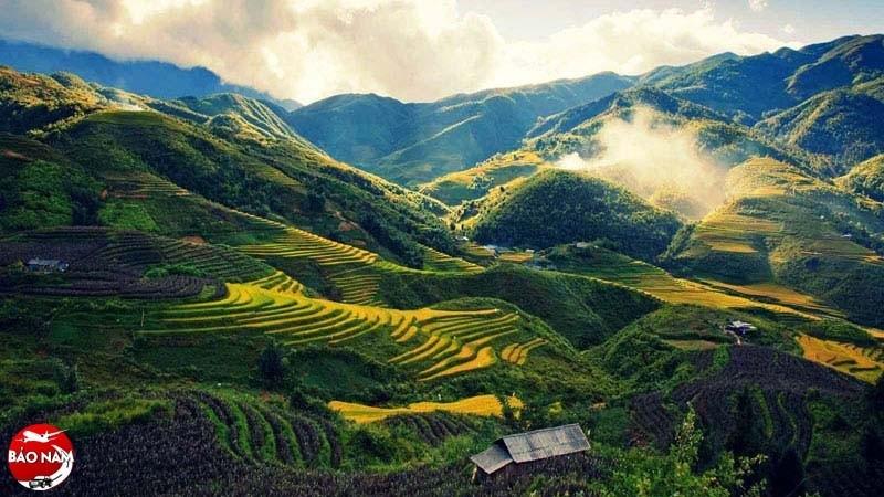 Hãy thử một lần khám phá vẻ đẹp thung lũng Mường Hoa từ trên cao -2