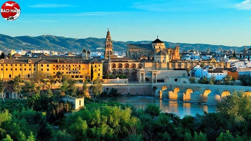 Vé Máy Bay Giá Rẻ Đi Tây Ban Nha -6