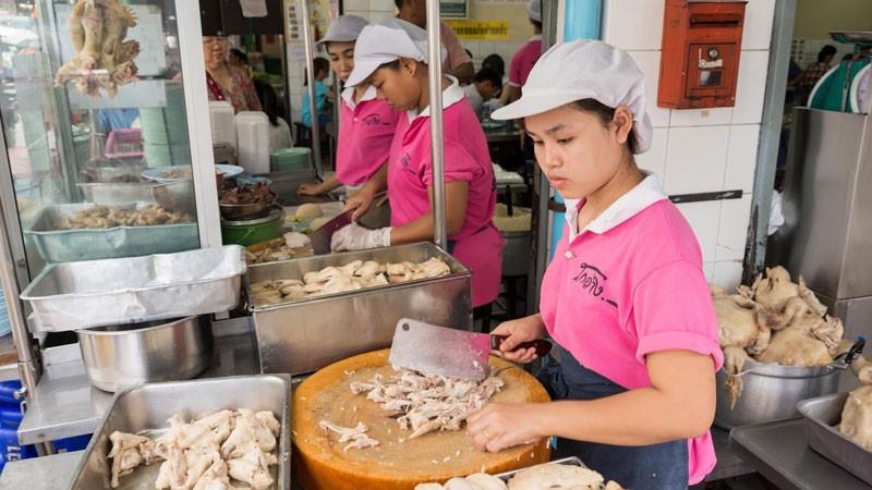 03 quán ăn đòi hỏi du khách phải kiên nhẫn ở Bangkok 3