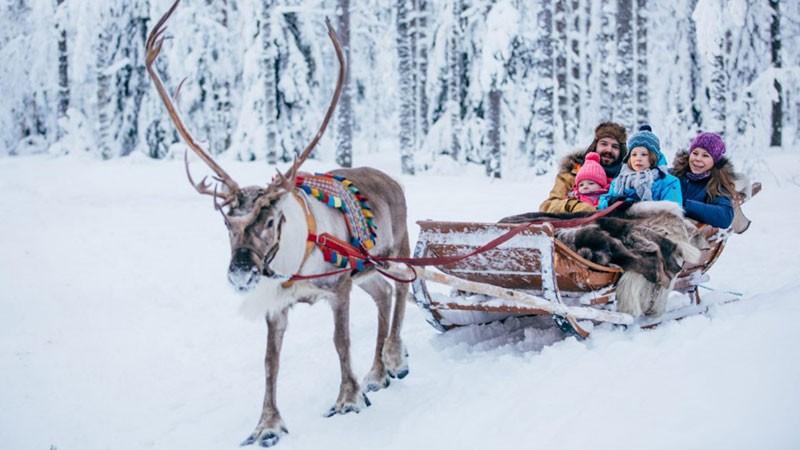 Tham gia những trải nghiệm thú vị tại quê hương của ông già Noel 3
